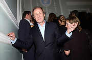 Bill Nighy, The Vogue List, celebrated by Vogue and Motorola. 33 Portland Place. 3 November 2004. ONE TIME USE ONLY - DO NOT ARCHIVE  © Copyright Photograph by Dafydd Jones 66 Stockwell Park Rd. London SW9 0DA Tel 020 7733 0108 www.dafjones.com