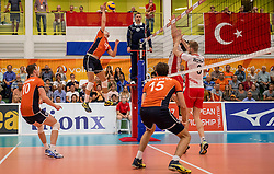 23-09-2016 NED: EK Kwalificatie Nederland - Oostenrijk, Koog aan de Zaan<br /> Nederland wint met 3-0 van Oostenrijk / Robbert Andringa #18