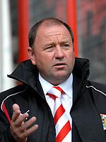 Photo: Ed Godden.<br />Bristol City v Brighton & Hove Albion. Coca Cola League 1. 02/09/2006. Bristol City Manager Gary Johnson.