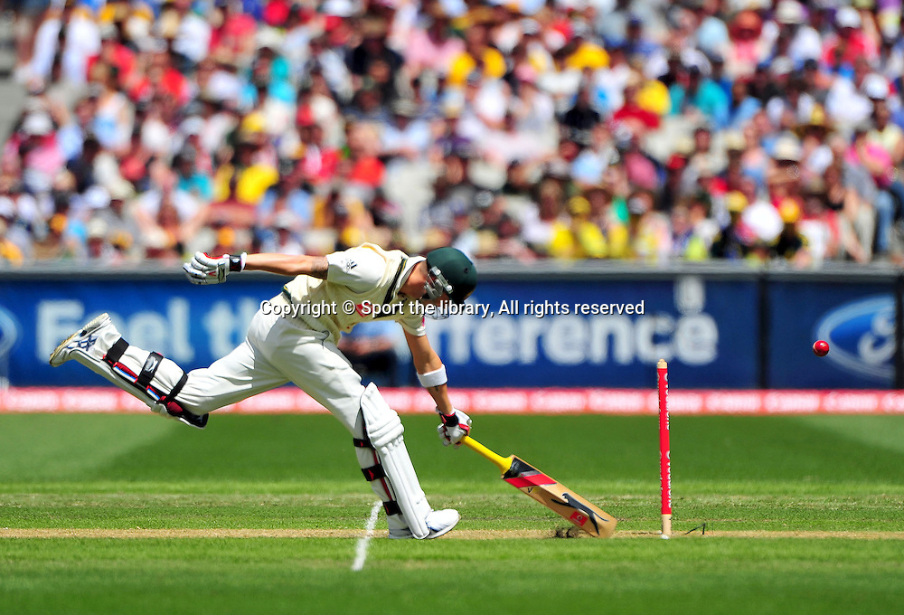 Michael Clarke (AUS) just makes it<br /> Australia vs England<br /> Cricket - Ashes Test 3 / Melbourne<br /> Melbourne Cricket Ground / MCG<br /> Sunday 26 December 2010<br /> &copy; Sport the library/Jeff Crow
