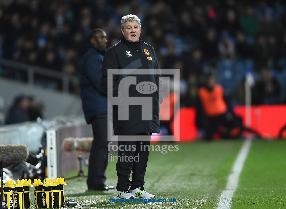 Hull City manager Steve Bruce during the Sky Bet Championship match at the Loftus Road Stadium, London<br /> Picture by Daniel Hambury/Focus Images Ltd +44 7813 022858<br /> 01/01/2016