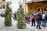 Satriano di Lucania, Basilicata, Italia, 07/02/2016<br /> Due Rumita in giro per il paese. Sono in tutto 131 i Rumita che sfilano: uno per ogni paese della Basilicata<br /> <br /> Satriano di Lucania, Basilicata, Italy, 07/02/2016<br /> Two Rumita (hermits) walking around the town. There are 131 Rumita (hermits) parading: one for each town of Basilicata region
