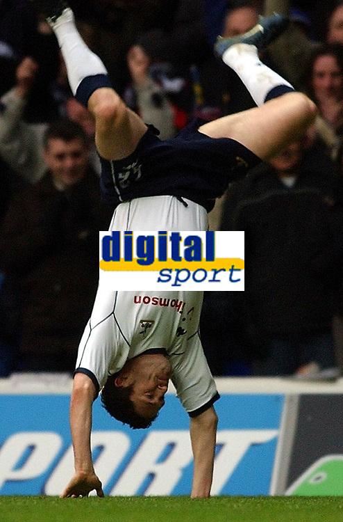 Fotball - Premier League - 12.10.2003<br /> Tottenham v Everton<br /> Robbie Keane - Tottenham<br /> Foto: Javier Garcia, Digitalsport