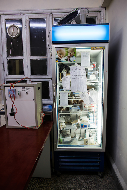 20131119 Yabrud, Syria<br /> <br /> <br /> The small blood reserve of the secret hospital is stored in a soda fridge.<br /> <br /> <br /> Photo: Niclas Hammarstr&ouml;m