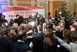 02.12.2016, Börse, Wien, AUT, FPÖ, Wahlkampfabschluss mit Rede zur Lage der Nation für die Wiederholung des zweiten Wahlgang der Präsidentschaftswahl 2016. im Bild FPÖ-Präsidentschaftskandidat Norbert Hofer // Candidate for Presidential Elections Norbert Hofer (Austrian Freedom Party) during final election campaign rally of the austrian freedom party in Vienna, Austria on 2016/12/02. EXPA Pictures © 2016, PhotoCredit: EXPA/ Michael Gruber