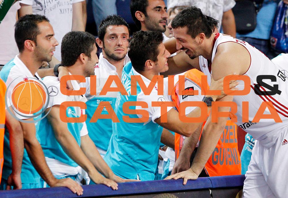 DESCRIZIONE : Istanbul Turchia Turkey Men World Championship 2010 Eight Finals Campionati Mondiali Ottavi di Finale Turkey France<br /> GIOCATORE : Hidayet Turkoglu<br /> SQUADRA : Turkey Turchia<br /> EVENTO : Istanbul Turchia Turkey Men World Championship 2010 Campionato Mondiale 2010<br /> GARA : Turkey France Turchia Francia<br /> DATA : 05/09/2010<br /> CATEGORIA : ritratto headshot esultanza jubilation<br /> SPORT : Pallacanestro <br /> AUTORE : Agenzia Ciamillo-Castoria/M.Kulbis<br /> Galleria : Turkey World Championship 2010<br /> Fotonotizia : Istanbul Turchia Turkey Men World Championship 2010 Eight Finals Campionati Mondiali Ottavi di Finale Turkey France<br /> Predefinita :