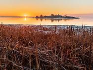 https://Duncan.co/chimney-island-sunrise-3