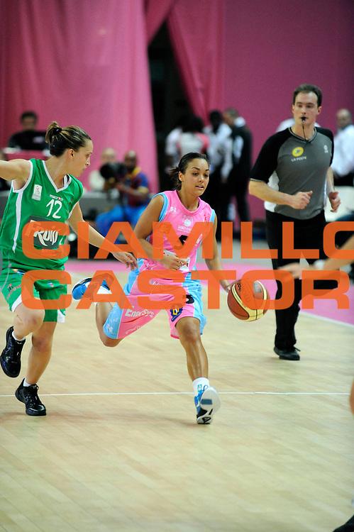 DESCRIZIONE : Ligue Feminine de Basket Ligue  1 Journee &agrave; Paris<br /> GIOCATORE : MITCHELL Leilani<br /> SQUADRA : Arras<br /> EVENTO : Ligue Feminine 2010-2011<br /> GARA : Arras Challes<br /> DATA : 16/10/2010<br /> CATEGORIA : Basketbal France Ligue Feminine<br /> SPORT : Basketball<br /> AUTORE : JF Molliere par Agenzia Ciamillo-Castoria <br /> Galleria : France Basket 2010-2011 Action<br /> Fotonotizia : Ligue Feminine de Basket Ligue 1 Journee &agrave; Paris<br /> Predefinita :