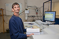 Ian Neillings, DG Operator. Remploy Print. Wythenshawe, Manchester..© Martin Jenkinson, tel 0114 258 6808 mobile 07831 189363 email martin@pressphotos.co.uk. Copyright Designs & Patents Act 1988, moral rights asserted credit required. No part of this photo to be stored, reproduced, manipulated or transmitted to third parties by any means without prior written permission