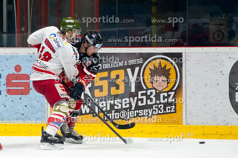 28.12.2015, Ice Rink, Znojmo, CZE, EBEL, HC Orli Znojmo vs HCB Suedtirol, 36. Runde, im Bild v.l. Anton Bernard (HCB Sudtirol) Corey Trivino (HC Orli Znojmo) // during the Erste Bank Icehockey League 36nd round match between HC Orli Znojmo and HCB Suedtirol at the Ice Rink in Znojmo, Czech Republic on 2015/12/28. EXPA Pictures © 2015, PhotoCredit: EXPA/ Rostislav Pfeffer