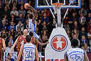 DESCRIZIONE : Campionato 2015/16 Serie A Beko Dinamo Banco di Sardegna Sassari - Umana Reyer Venezia<br /> GIOCATORE : Christian Eyenga<br /> CATEGORIA : Schiacciata Controcampo<br /> SQUADRA : Dinamo Banco di Sardegna Sassari<br /> EVENTO : LegaBasket Serie A Beko 2015/2016<br /> GARA : Dinamo Banco di Sardegna Sassari - Umana Reyer Venezia<br /> DATA : 01/11/2015<br /> SPORT : Pallacanestro <br /> AUTORE : Agenzia Ciamillo-Castoria/L.Canu