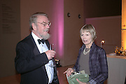 Peyton Skipwith and Anne Skipwith. Dinner at the opneing of Degas, Sickert and Toulouse-Lautrec. Tate Britain. Pimlico, London.  London. 3 October 2005. . ONE TIME USE ONLY - DO NOT ARCHIVE © Copyright Photograph by Dafydd Jones 66 Stockwell Park Rd. London SW9 0DA Tel 020 7733 0108 www.dafjones.com