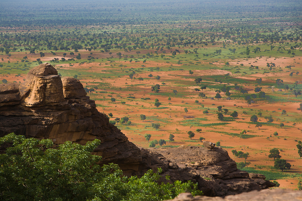 A view of the sandy Gondo plain that streches until Burkina Faso. The Dogon Country is the most visited part of Mali with tourists visiting its tipical  villages that can be located on the cliff, on the sandy plain or in the rocky plateau