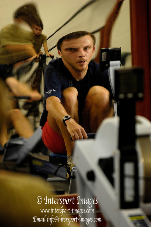Oxford, GREAT BRITAIN, Oxford University Boat Club, OUBC, squad, ergo training at, Iffley Road training centre, ENGLAND, 15/11/2006[Photo, Peter Spurrier/Intersport-images]..... Varsity:Boat Race