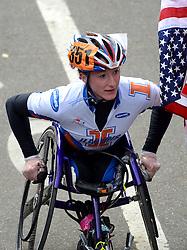 03-11-2013 ATLETIEK: NY MARATHON: NEW YORK <br /> De NY marathon werd bij de vrouwen wheelchair voor de derde maal op rij gewonnen door de Amerikaanse Tatyana McFadden in 1.59.13<br /> ©2013-FotoHoogendoorn.nl