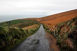 IRELAND KERRY IVERAGH PENINSULA 4NOV05 - Coastal landscape and road to St. Finian's Bay on the Iveragh Peninsula in county Kerry, Irelands most westerly county...jre/Photo by Jiri Rezac..© Jiri Rezac 2005..Contact: +44 (0) 7050 110 417.Mobile: +44 (0) 7801 337 683.Office: +44 (0) 20 8968 9635..Email: jiri@jirirezac.com.Web: www.jirirezac.com..© All images Jiri Rezac 2005 - All rights reserved.