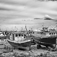 Barcos de pesca de centollas (cangrejos). Fishing ships, Punta Arenas, Patagonia. Chile