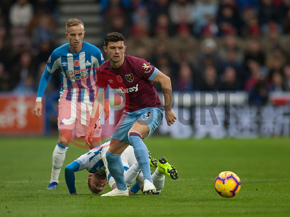 Aaron Cresswell of West Ham United in action - Mandatory by-line: Jack Phillips/JMP - 10/11/2018 - FOOTBALL - The John Smith's Stadium - Huddersfield, England - Huddersfield Town v West Ham United - English Premier League