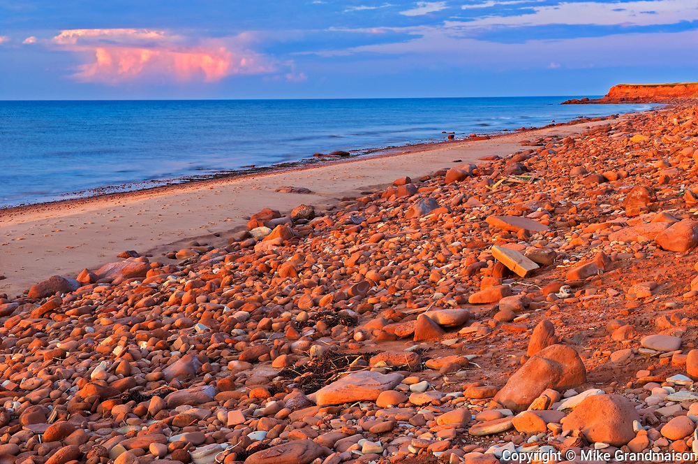 sandy shoreline along the Gulf of St. Lawrence<br />