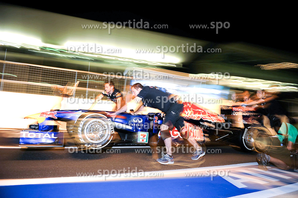06.10.2011, Suzuka International Racing Course, Suzuka, JPN, F1, Grosser Preis von Japan, Suzuka, im Bild Red Bull Racing Team - Red Bull RB7 // during the Formula One Championships 2011 Large price of Suzuka held at the Suzuka International Racing Course, 2011-10-06  EXPA Pictures © 2011, PhotoCredit: EXPA/ nph/  Dieter Mathis        ****** only for AUT, POL & SLO ******
