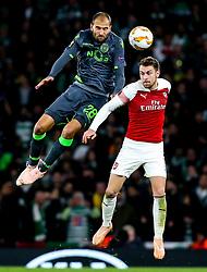 Bas Dost of Sporting Lisbon challenges Aaron Ramsey of Arsenal - Mandatory by-line: Robbie Stephenson/JMP - 08/11/2018 - FOOTBALL - Emirates Stadium - London, England - Arsenal v Sporting Lisbon - UEFA Europa League