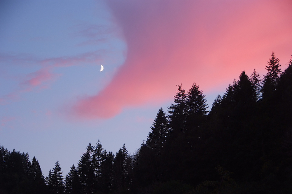 Moonrise Deadwood Oregon