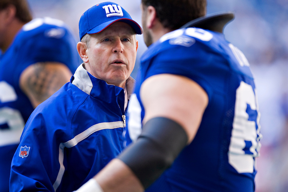 IRVING, TX - JANUARY 13:   Head Coach Tom Coughlin of the New York Giants encourages his team before a game against the Dallas Cowboys during the NFC Divisional playoff at Texas Stadium on January 13, 2008 in Dallas, Texas.  The Giants defeated the Cowboys 21-17.  (Photo by Wesley Hitt/Getty Images) *** Local Caption *** Tom Coughlin