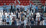FODBOLD: Fans fra FC Helsingør før kampen i NordicBet Ligaen mellem Vejle Boldklub og FC Helsingør den 21. maj 2017 på Vejle Stadion. Foto: Claus Birch