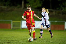 NEWTOWN, WALES - Friday, February 1, 2013: Wales' Samanthan Quayle in action against Norway during the Women's Under-19 International Friendly match at Latham Park. (Pic by David Rawcliffe/Propaganda)