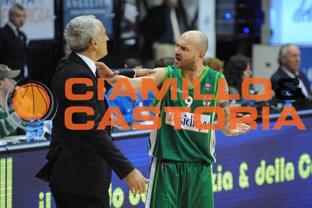DESCRIZIONE : Biella Lega A 2012-13 Angelico Biella Sidigas Avellino<br /> GIOCATORE : Valerio Spinelli Cesare Pancotto<br /> CATEGORIA : Delusione<br /> SQUADRA : Sidigas Avellino <br /> EVENTO : Campionato Lega A 2012-2013 <br /> GARA : Angelico Biella Sidigas Avellino<br /> DATA : 17/03/2013<br /> SPORT : Pallacanestro <br /> AUTORE : Agenzia Ciamillo-Castoria/Max.Ceretti<br /> Galleria : Lega Basket A 2012-2013  <br /> Fotonotizia : Biella Lega A 2012-13 Angelico Biella Sidigas Avellino<br /> Predefinita :