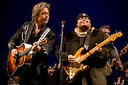 "Jim Lauderdale & Toshi Reagon at the 2008 New York Guitar Festival on Saturday 1/12/2008 at the World Financial Center Winter Garden in lower Manhattan. The opening night concert of the festival was titled the ""Royal Albert Hall"" Project a tribute to Bob Dylan's early 'electric' concerts in England in 1966. Mr. Lauderdale & Ms. Reagon are shown here performing the encore number with the entire ensemble of musicians who played that evening."