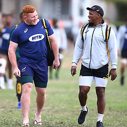 DURBAN, SOUTH AFRICA - AUGUST 14: Steven Kitshoff with Bongi Mbonambi during the South African national rugby team training session at Jonsson Kings Park on August 14, 2018 in Durban, South Africa. (Photo by Steve Haag/Gallo Images)