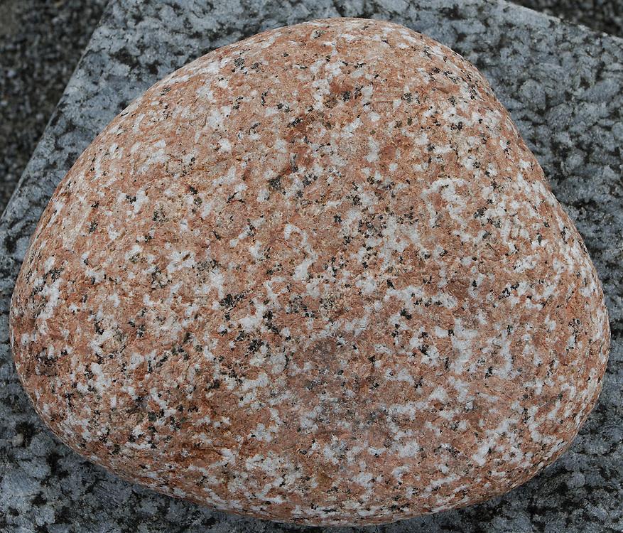 ....Drammensgranitt ..Perm. 280 millioner år. ..Røyken / Hurum / Svelvik ....--- ....Drammen Granite..Perm. 280 million years...Smoke / Hurum / Svelvik