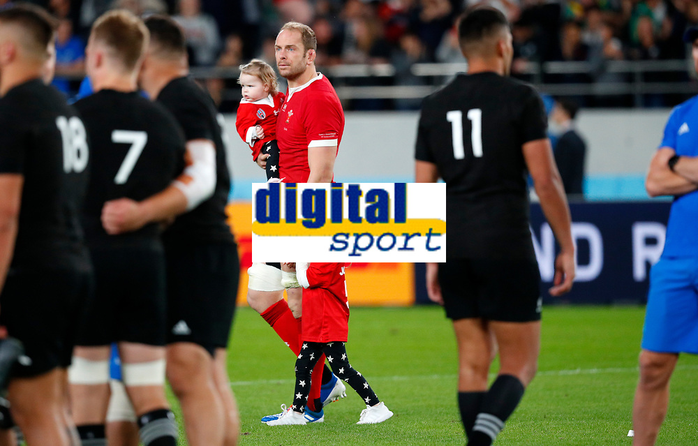 Rugby Union - 2019 Rugby World Cup - Bronze Final (Third Place Play-Off): Wales vs. France<br /> <br /> Alun Wyn Jones of Wales and family at Tokyo Stadium, Tokyo.<br /> <br /> COLORSPORT/LYNNE CAMERON