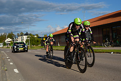 Rozanne Slik leads Liv Plantur on their way to ninth place at the 42,5 km team time trial of the UCI Women's World Tour's 2016 Crescent Vårgårda Team Time Trial on August 19, 2016 in Vårgårda, Sweden. (Photo by Sean Robinson/Velofocus)