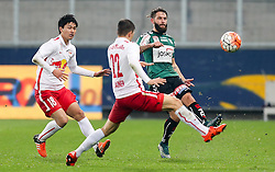 27.10.2015, Red Bull Arena, Salzburg, AUT, OeFB Samsung Cup, FC Red Bull Salzburg vs SV Josko Ried, Achtelfinale, im Bild Takumi Minamino (Red Bull Salzburg), Stefan Lainer (Red Bull Salzburg) und Oliver Kragl (SV Josko Ried) // during the OeFB Samsung Cup, Round of the last sixteen, between FC Red Bull Salzburg and SV Josko Ried at the Red Bull Arena, Salzburg, Austria on 2015/10/27. EXPA Pictures © 2015, PhotoCredit: EXPA/ Roland Hackl