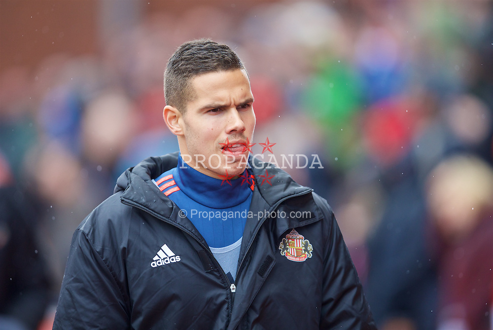 STOKE-ON-TRENT, ENGLAND - Saturday, April 30, 2016: Sunderland's substitute Jack Rodwell before the FA Premier League match at the Britannia Stadium. (Pic by David Rawcliffe/Propaganda)