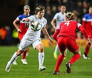 Fran Kirby of England Women (left) takes on Becky Sauerbrunn of USA Women (right) during the International Friendly match at stadium:mk, Milton Keynes<br /> Picture by David Horn/Focus Images Ltd +44 7545 970036<br /> 13/02/2015