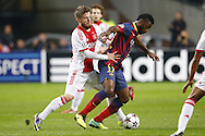 Onderwerp/Subject: Ajax - FC Barcelona - Champions League<br /> Reklame:  <br /> Club/Team/Country: <br /> Seizoen/Season: 2013/2014<br /> FOTO/PHOTO: Lasse SCHONE (L) of Ajax in duel with Alex SONG ( Alexandre Dimitri Song BILLONG ) (R) of FC Barcelona. (Photo by PICS UNITED)<br /> <br /> Trefwoorden/Keywords: <br /> #04 $94 &plusmn;1377840750319<br /> Photo- &amp; Copyrights &copy; PICS UNITED <br /> P.O. Box 7164 - 5605 BE  EINDHOVEN (THE NETHERLANDS) <br /> Phone +31 (0)40 296 28 00 <br /> Fax +31 (0) 40 248 47 43 <br /> http://www.pics-united.com <br /> e-mail : sales@pics-united.com (If you would like to raise any issues regarding any aspects of products / service of PICS UNITED) or <br /> e-mail : sales@pics-united.com   <br /> <br /> ATTENTIE: <br /> Publicatie ook bij aanbieding door derden is slechts toegestaan na verkregen toestemming van Pics United. <br /> VOLLEDIGE NAAMSVERMELDING IS VERPLICHT! (&copy; PICS UNITED/Naam Fotograaf, zie veld 4 van de bestandsinfo 'credits') <br /> ATTENTION:  <br /> &copy; Pics United. Reproduction/publication of this photo by any parties is only permitted after authorisation is sought and obtained from  PICS UNITED- THE NETHERLANDS