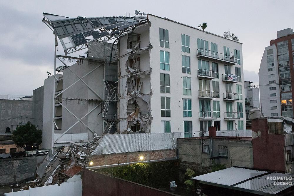 El edificio colapsado en Emiliano Zapata 56, colonia Portales, recién había sido estrenado a inicios de 2017. (Foto: Prometeo Lucero)