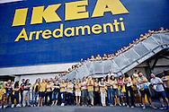 Roma 11 luglio 2015<br /> Sciopero nazionale dei dipendenti  IKEA, di tutti i 21 negozi in Italia, &egrave; il  primo sciopero nazionale  organizzato dai lavoratori della multinazionale svedese dell&rsquo;arredamento. I manifestanti lamentano tagli in busta paga e tagli sulla retribuzione nei giorni festivi. I lavoratori Ikea Anagnina<br /> Rome 11 July 2015<br /> National strike of the employees 'IKEA, of  all 21 stores in Italy, is the first national strike organized by the workers of the multinational Swedish furniture. Protesters complain about cuts in payroll and wage cuts on public holidays. Workers Ikea Anagnina