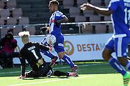 2.4.2016, Sonera Stadion, Helsinki.<br /> Veikkausliiga 2016.<br /> Helsingin Jalkapalloklubi - IFK Mariehamn.<br /> Nikolai Alho (HJK) v Walter Viitala (IFK Mhamn).