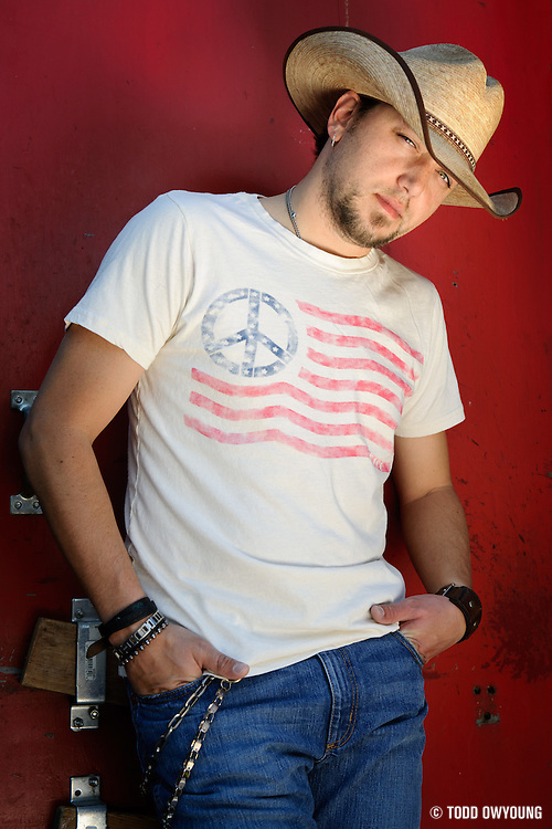 Jason Aldean photographed for launch of Wrangler Retro jeans at Texas Club. Baton Rouge, LA. April 22, 2009.