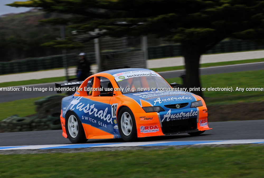 Car #18 - Kyle Crews - Holden Commodore - Aussie Racing Cars - Round ...