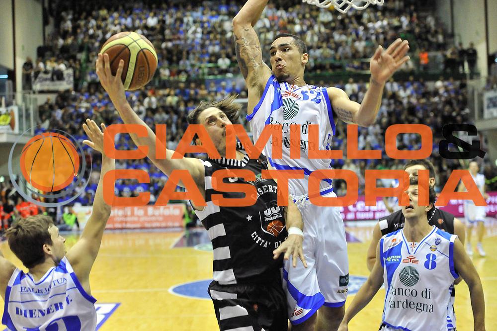 DESCRIZIONE : LegaBasket Serie A 2012-13 Banco di Sardegna Dinamo Sassari - Juve Caserta<br /> GIOCATORE : Marco Mordente Drew Gordon<br /> CATEGORIA : Tiro Blocco<br /> SQUADRA :  Dinamo Banco di Sardegna Sassari<br /> EVENTO : Campionato Serie A<br /> GARA : Banco di Sardegna Dinamo Sassari - Juve Caserta<br /> DATA : 28/04/2013<br /> SPORT : Pallacanestro <br /> AUTORE : Agenzia Ciamillo-Castoria / Luigi Canu<br /> Galleria : Lega Basket A 2012-2013  <br /> Fotonotizia : LegaBasket Serie A 2012-13 Banco di Sardegna Dinamo Sassari - Juve Caserta<br /> Predefinita :