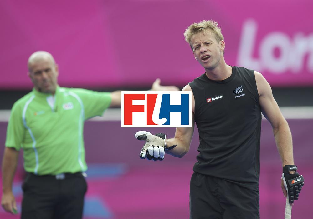 LONDON - Olympische Spelen 2012.men match.Netherlands v New Zealand .foto: Dean Couzins [C] can't believe tha the Netherlands getting a penalty stroke..FFU PRESS AGENCY COPYRIGHT FRANK UIJLENBROEK.