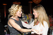 Julie Bowen, Daniella Peters