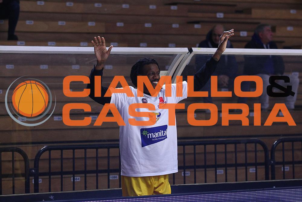 DESCRIZIONE : Cremona Lega A 2015-2016 Vanoli Cremona Manital Torino<br /> GIOCATORE :  Ndudi Ebi<br /> SQUADRA : Manital Torino<br /> EVENTO : Campionato Lega A 2015-2016<br /> GARA : Vanoli Cremona Manital Torino<br /> DATA : 14/02/2016<br /> CATEGORIA : Ritratto Before PreGame<br /> SPORT : Pallacanestro<br /> AUTORE : Agenzia Ciamillo-Castoria/F.Zovadelli<br /> GALLERIA : Lega Basket A 2015-2016<br /> FOTONOTIZIA : Cremona Campionato Italiano Lega A 2015-16  Vanoli Cremona Manital Torino <br /> PREDEFINITA : <br /> F Zovadelli/Ciamillo