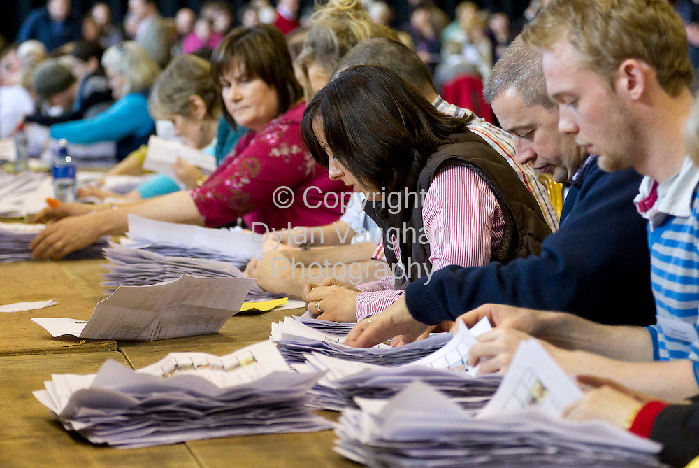 26/2/2011.Counting taking place at the Carlow Kilkenny Count in Cillin Hill in Kilkenny yesterday..Picture Dylan Vaughan.....