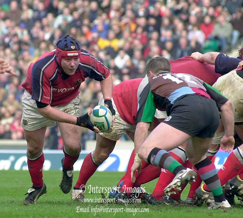 2004/05 Heineken_Cup, NEC,Harlequins vs Munster, RFU Twickenham,ENGLAND:.Munster's, No.8  Antony Foley, breaks, from the back of the scrum...Photo  Peter Spurrier. .email images@intersport-images.com...